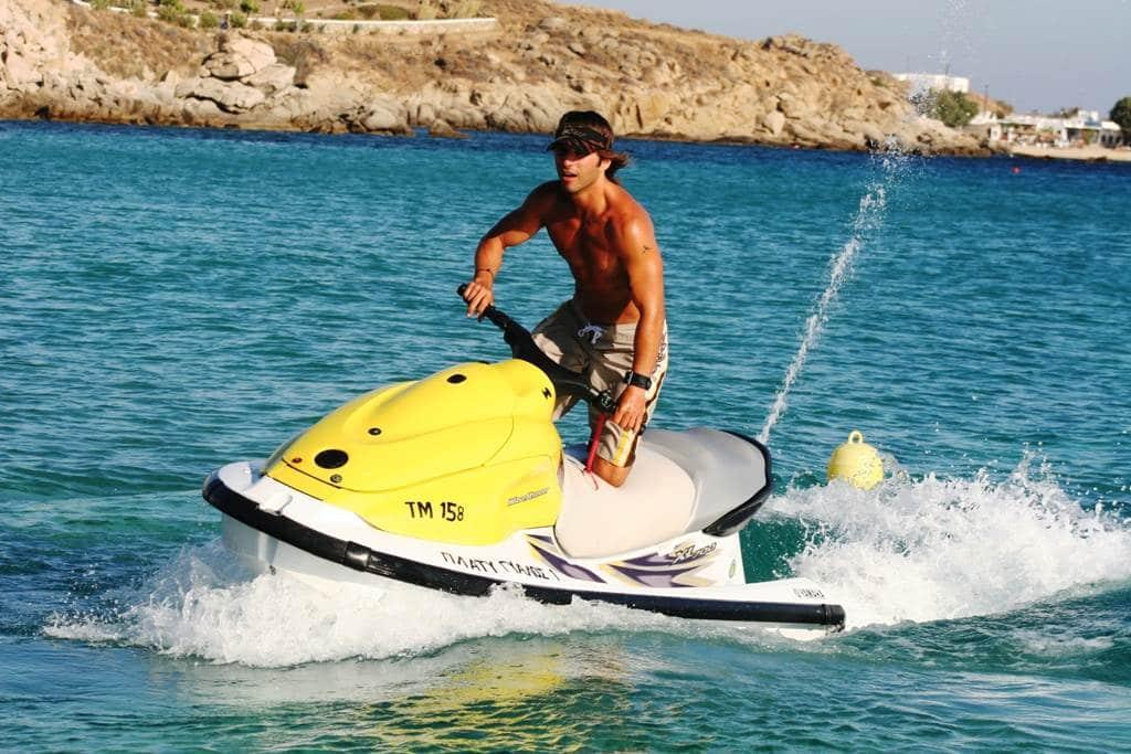 Sporturile pe apă sunt preferatele aventurierilor