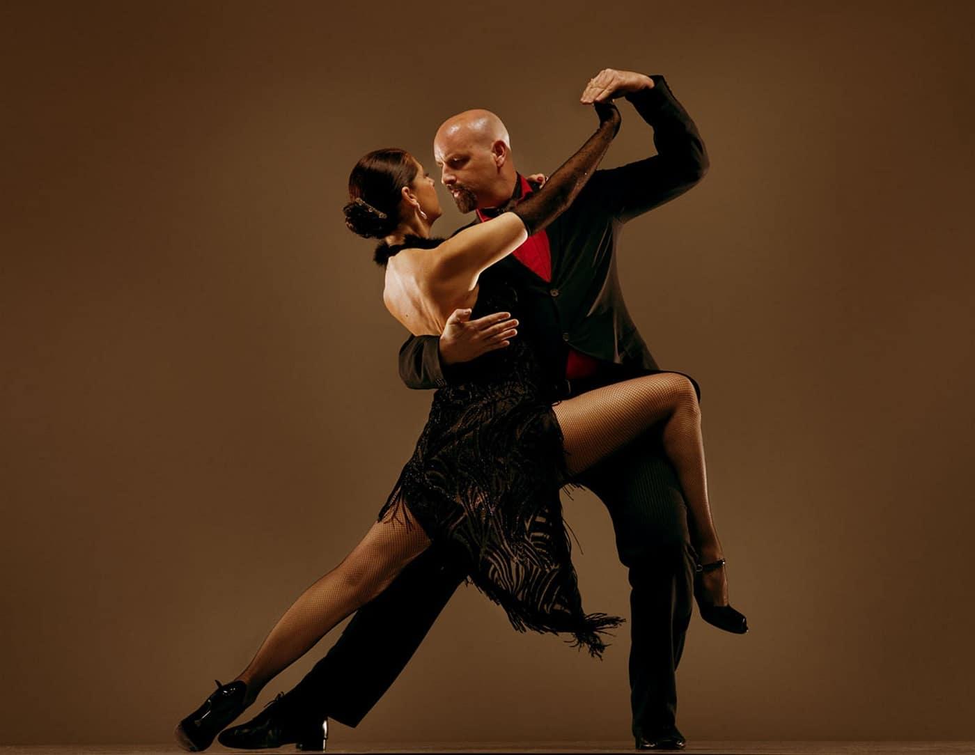 Tango, dansul tradițional argentinian