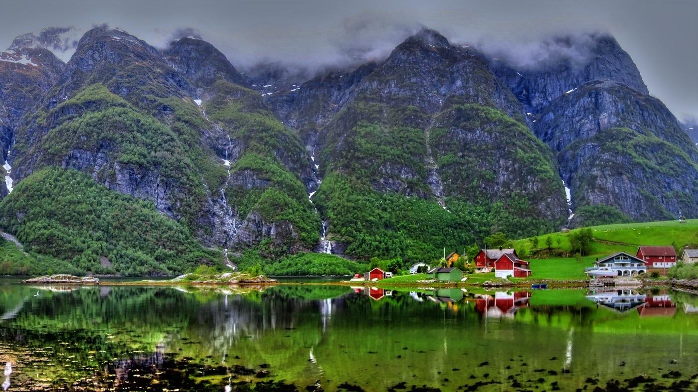 Tromso, în sezonul cald