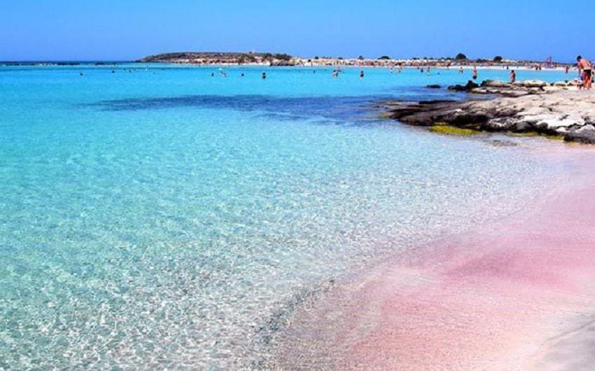 Plaje roz ale Lagunei Balos, insula Creta