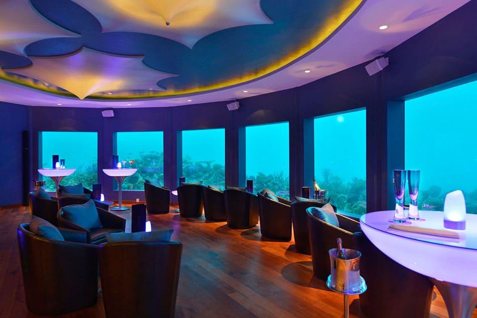 Subix - primul club de noapte subacvatic