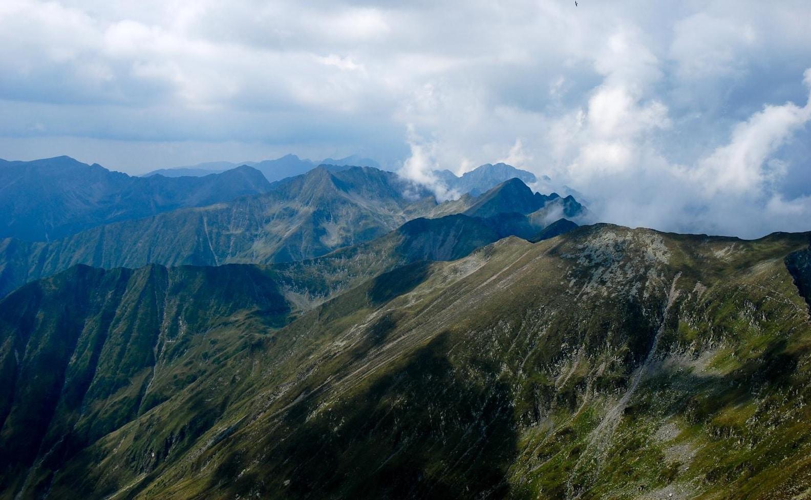 Vârful Moldoveanu, cel mai înalt vârf din România