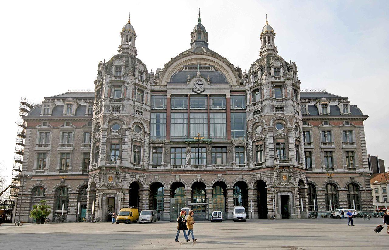 Gară Centrală din Antwerp - un exemplu excelent de arhitecură măiastră