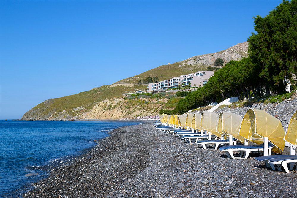 Plaja Agios Fokas - renumită pentru surfing