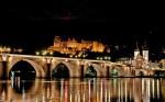 Castelul Heidelberg și podul din regiune, noaptea