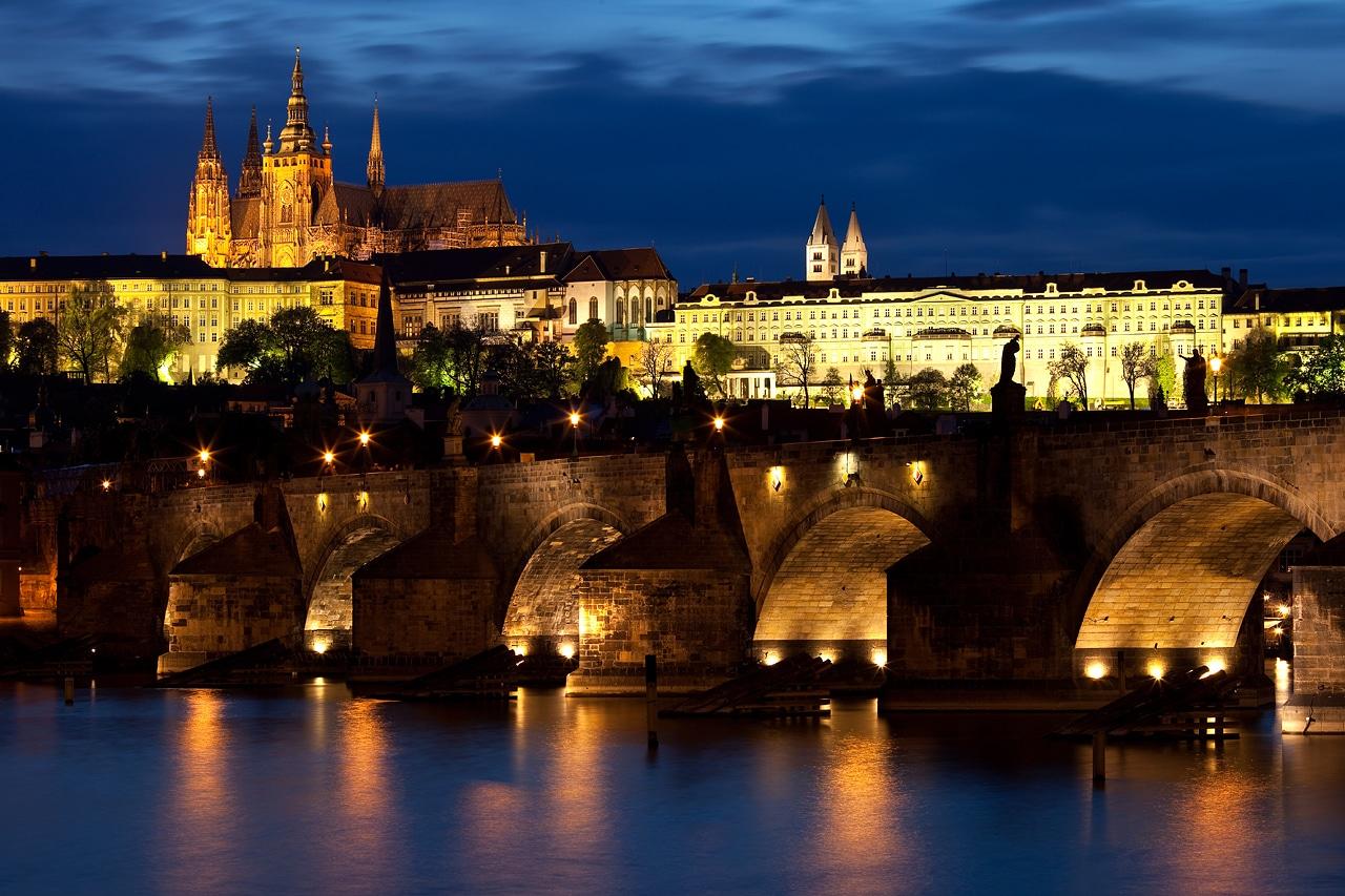 Podul Charles - Principalul obiectiv turistic din Praga