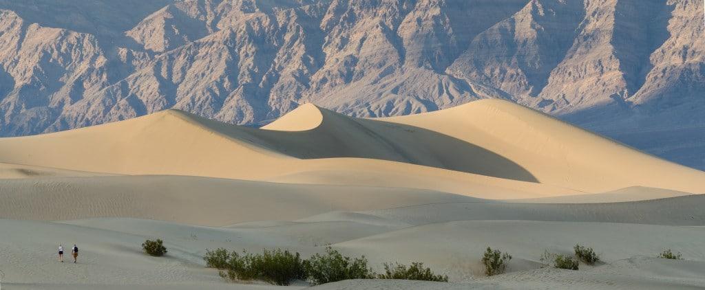 Death Valley, dunele de nisip de la Mesquite Flats