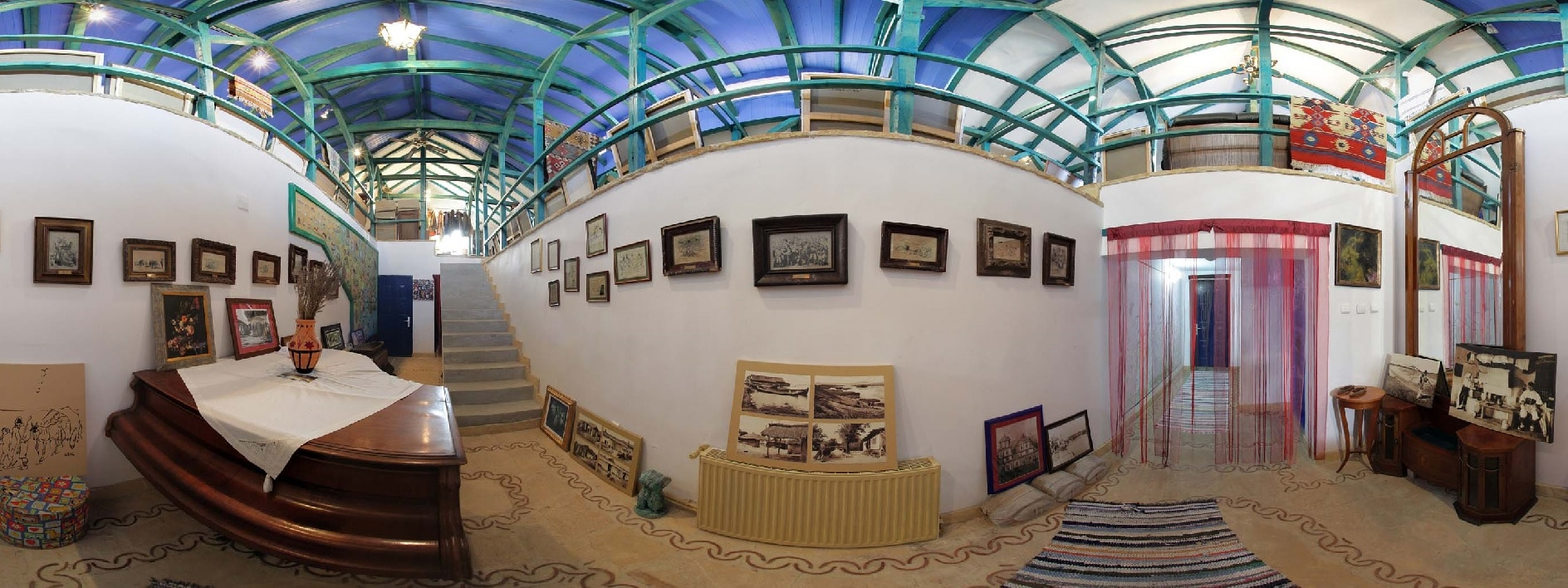 Galeria de artă - imagine din interior