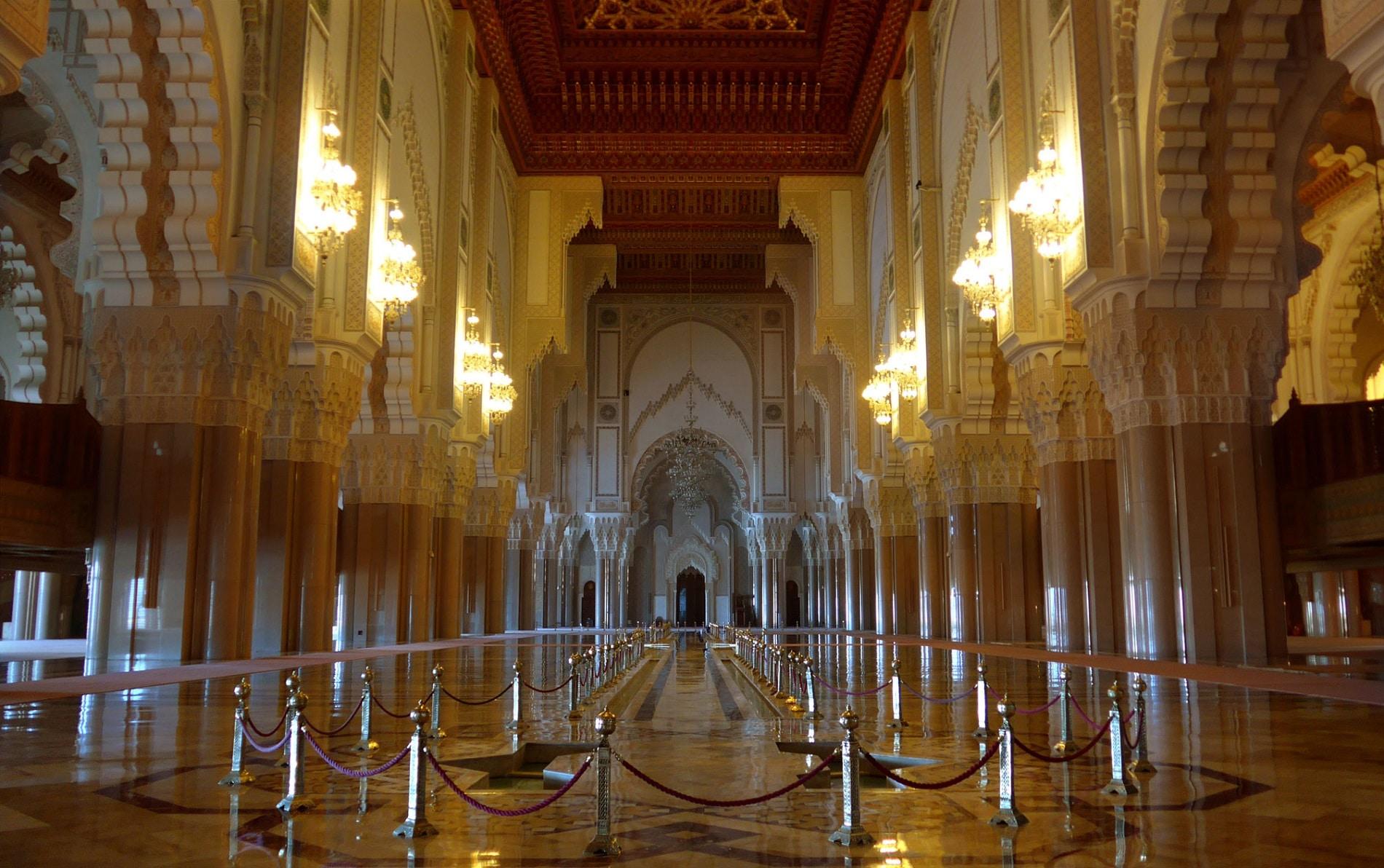 Vizitarea moscheelor din Casablanca este extrem de interesantă
