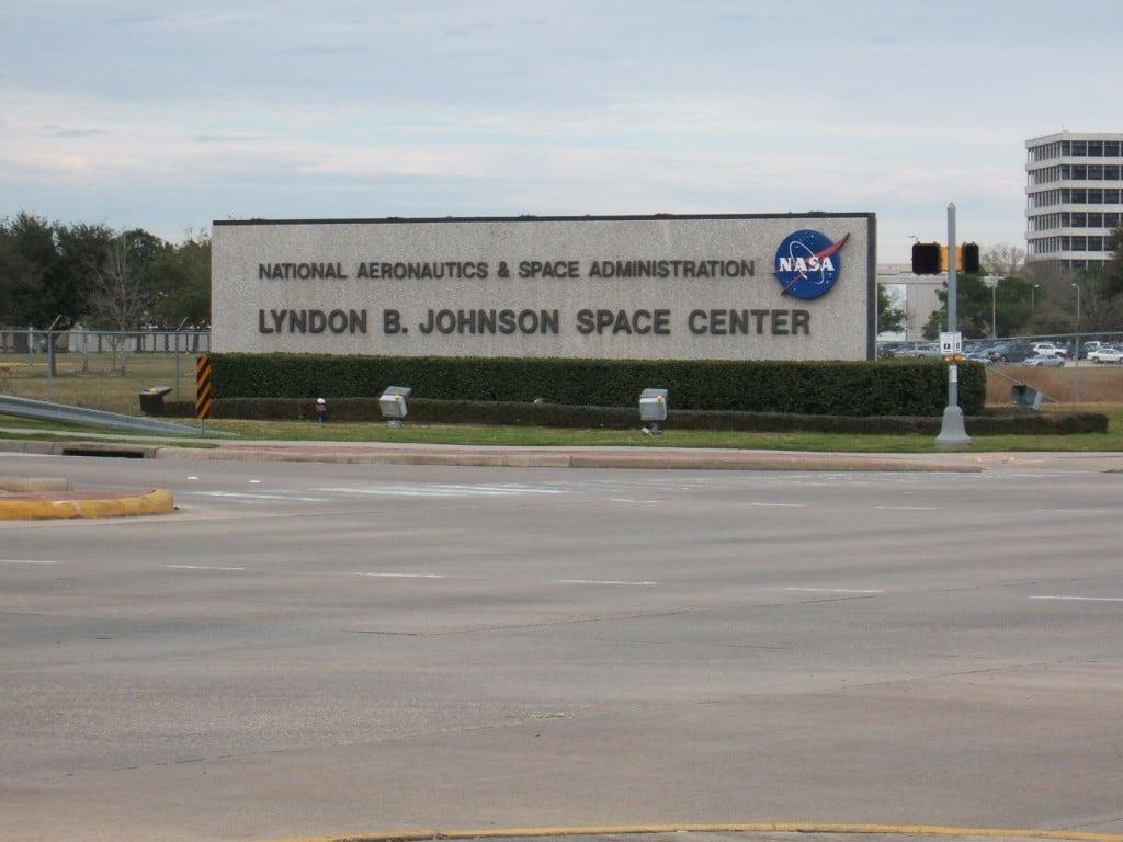 Intrarea în centrul spațial din Houston