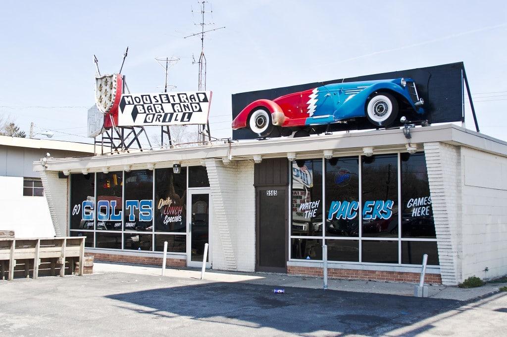 Mousetrap bar & grill pentru toți pasionații de curse din Indianapolis