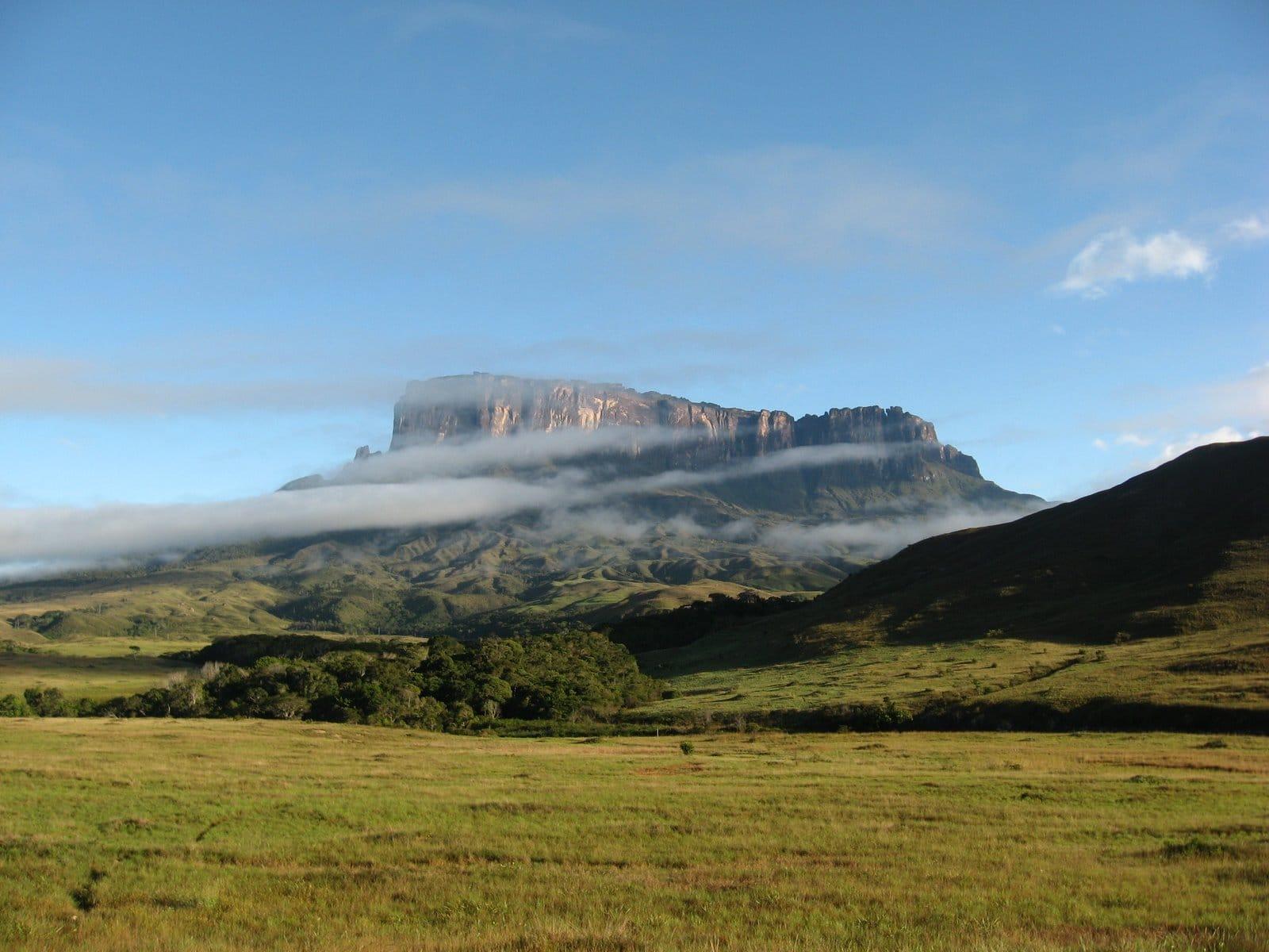 Muntele Roraima schimbă orizontul lumii