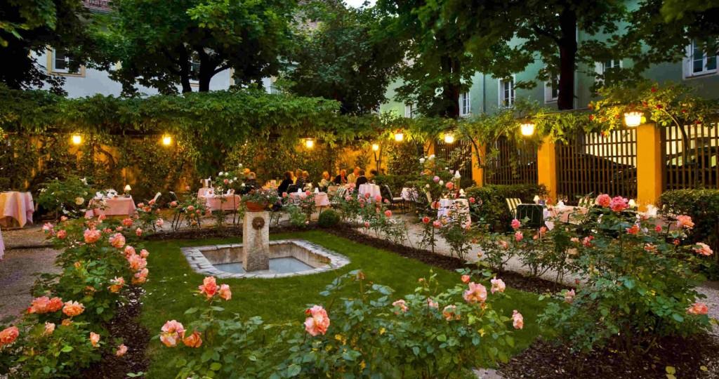 O superbă grădină de vară în Graz