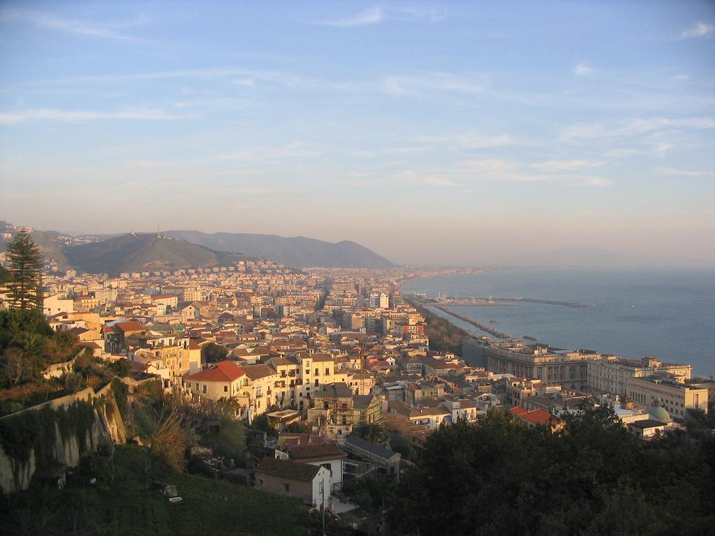 Panoramă a orașului Salerno