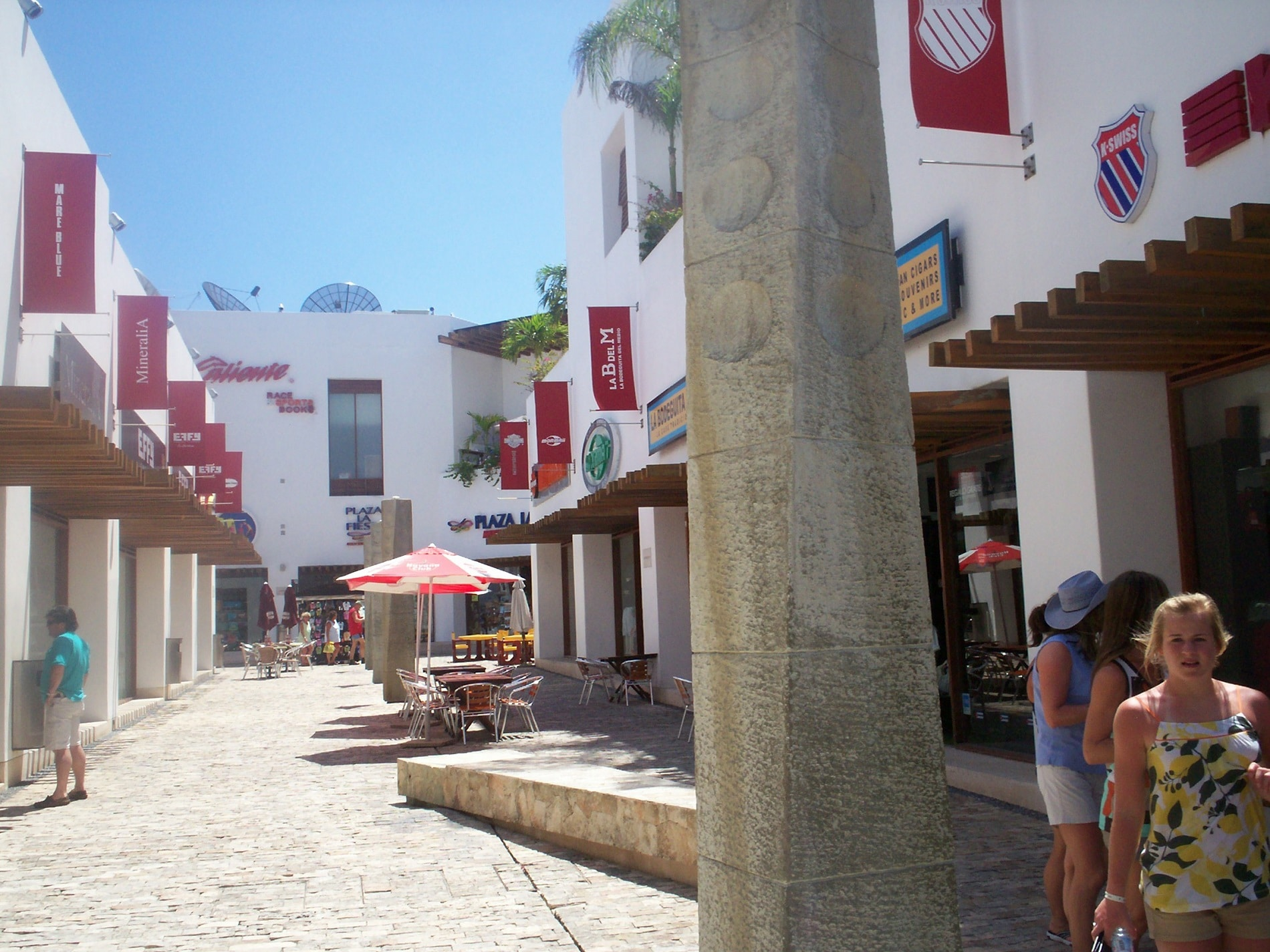 La Quinta Avenida - Cel mai popular loc de promenadă din Riviera Maya