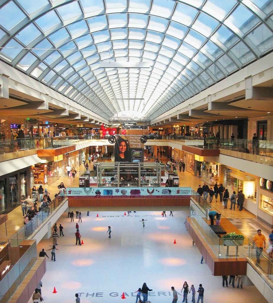 The Galleria, sau cum ar trebui să arate un mall, cu patinoar la subsol