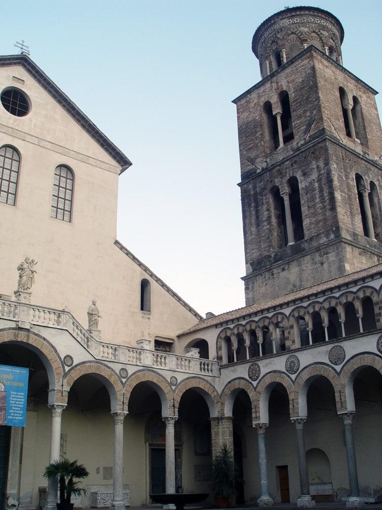 Turnul Clopotniței din Catedrala din Salerno