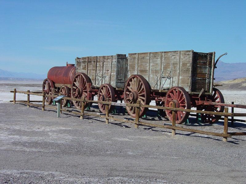 Utilaje folosite în anii 1800 pentru a extrage boraxul