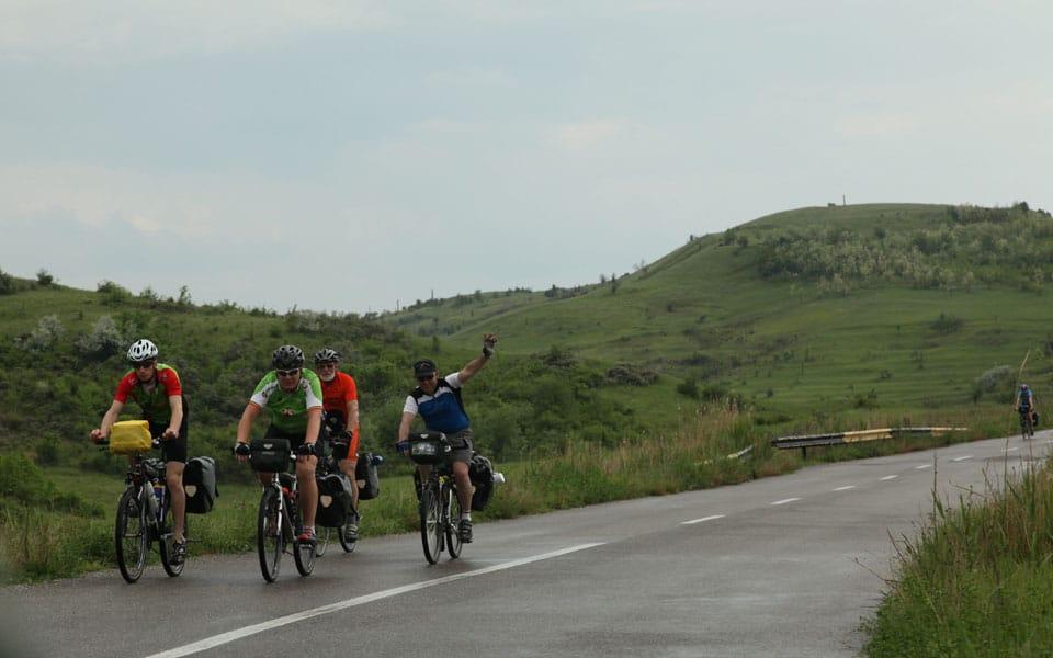 Safari Bike - o activitate preferat[ a celor din satul de vacanță