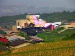 Podgoria Marques de Risqual din Alva și hotelul cu design futurist al acesteia