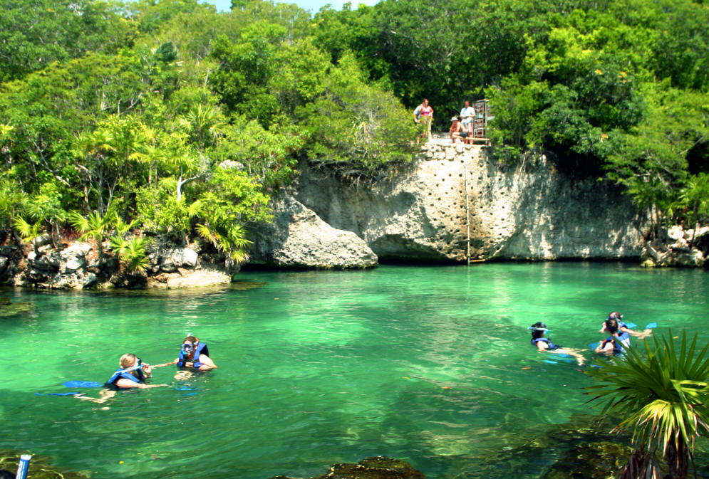 Ape perfecte pentru scufundări în Riviera Maya
