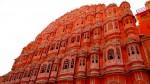 În timpul răsăritului sau al apusului de soare, palatul este uimitor!