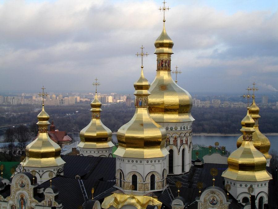 Cupolele aurite schimbă complet înfățișarea Kievului