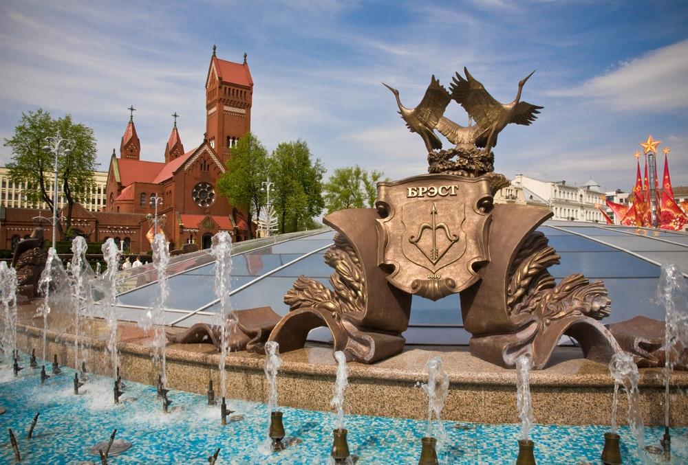 Numeroase obiecte decorative din Minsk au fost realizat după bunul plac al lui Stalin
