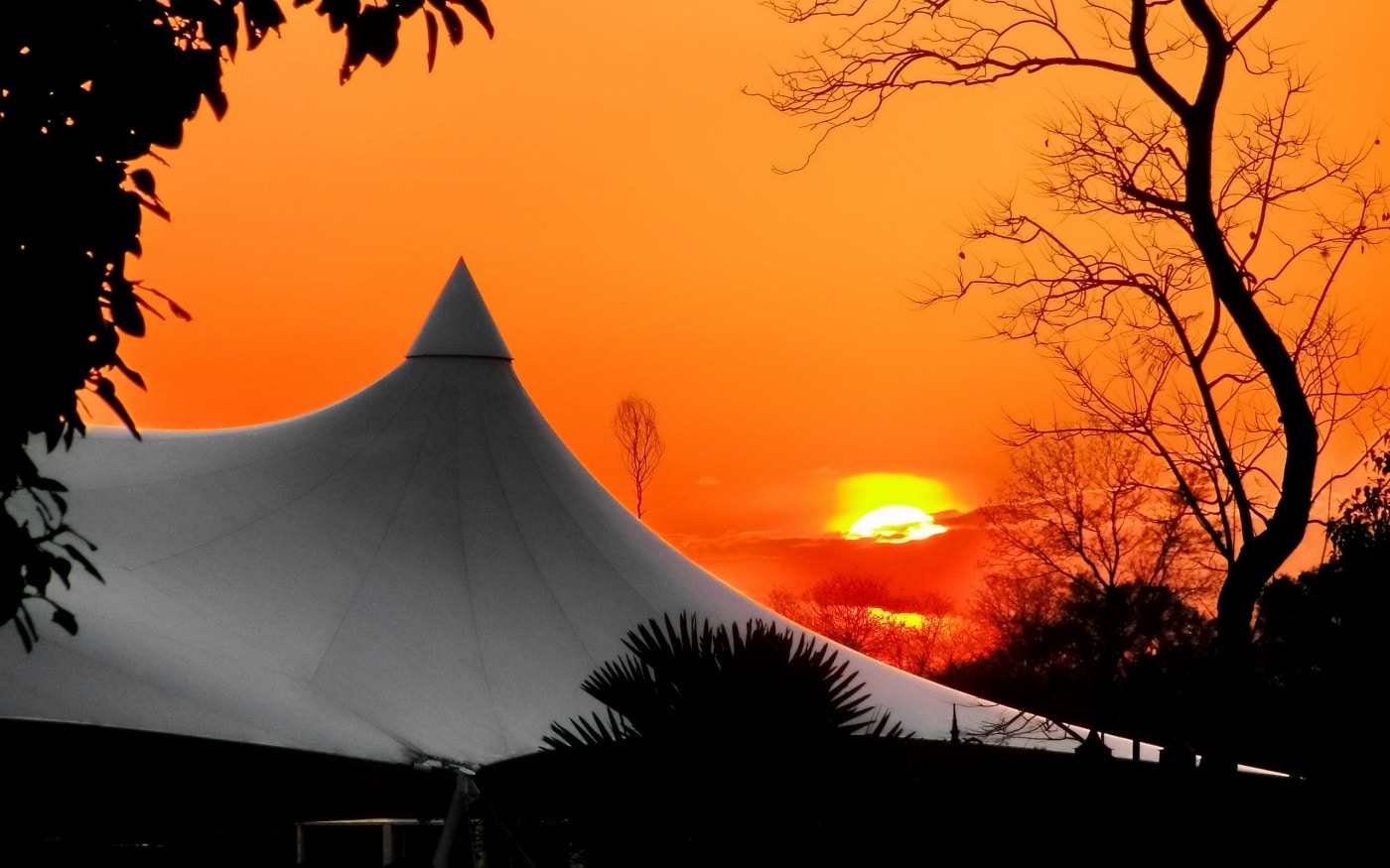 Un apus de soare splendid în Islamabad