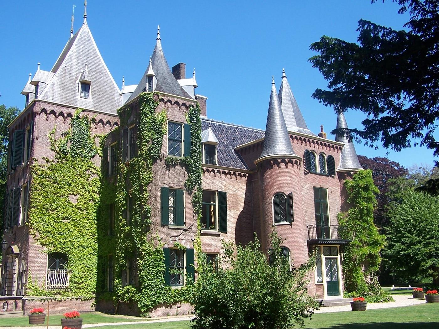 Castelul Keukenhof