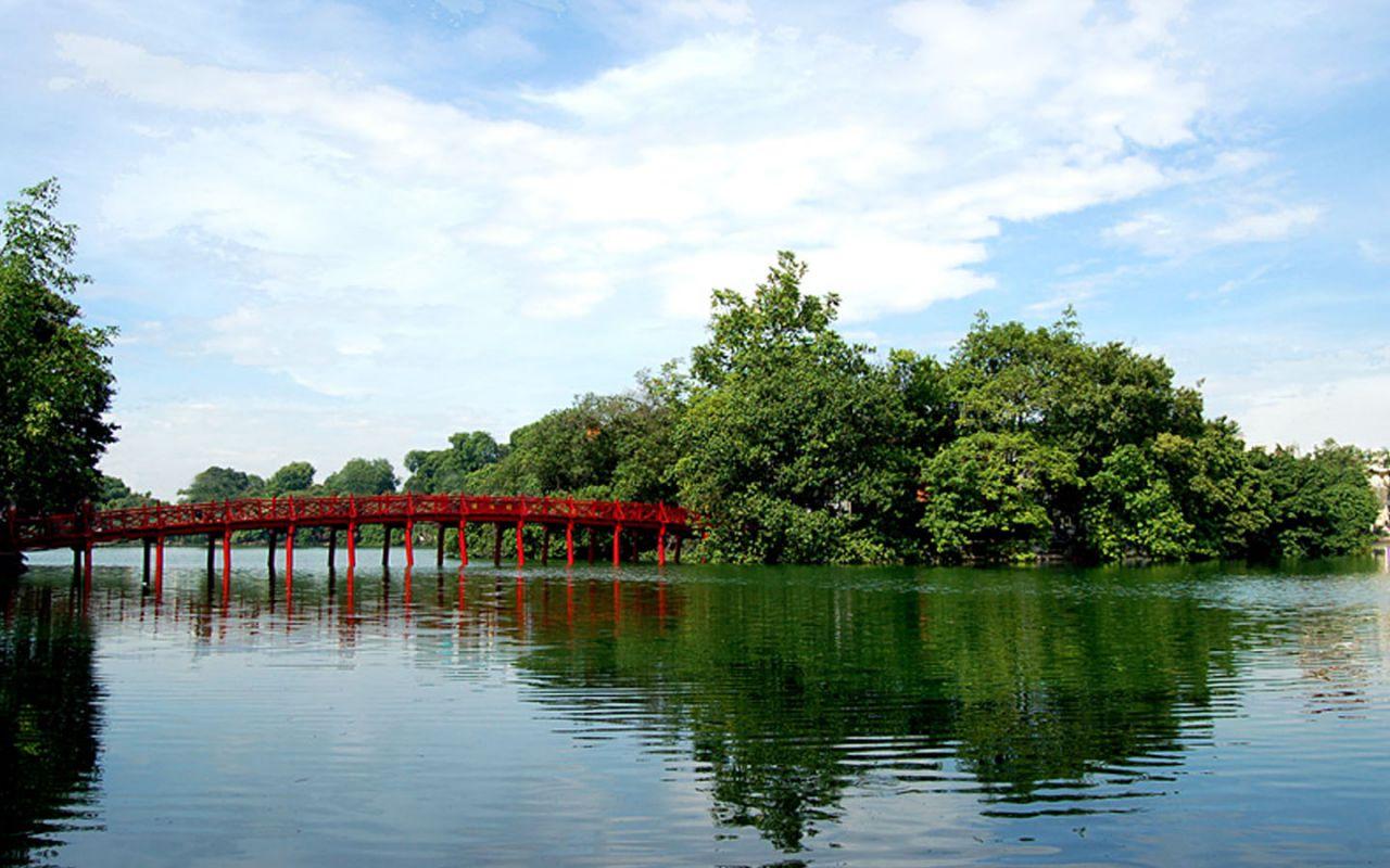 Hoan Kiem, lacul care înfrumusețează capitala vietnameză