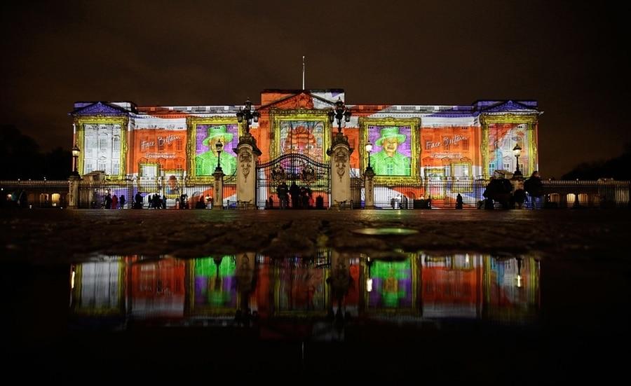 Palatul Buckingham devine o altă clădire, în funcție de eveniment