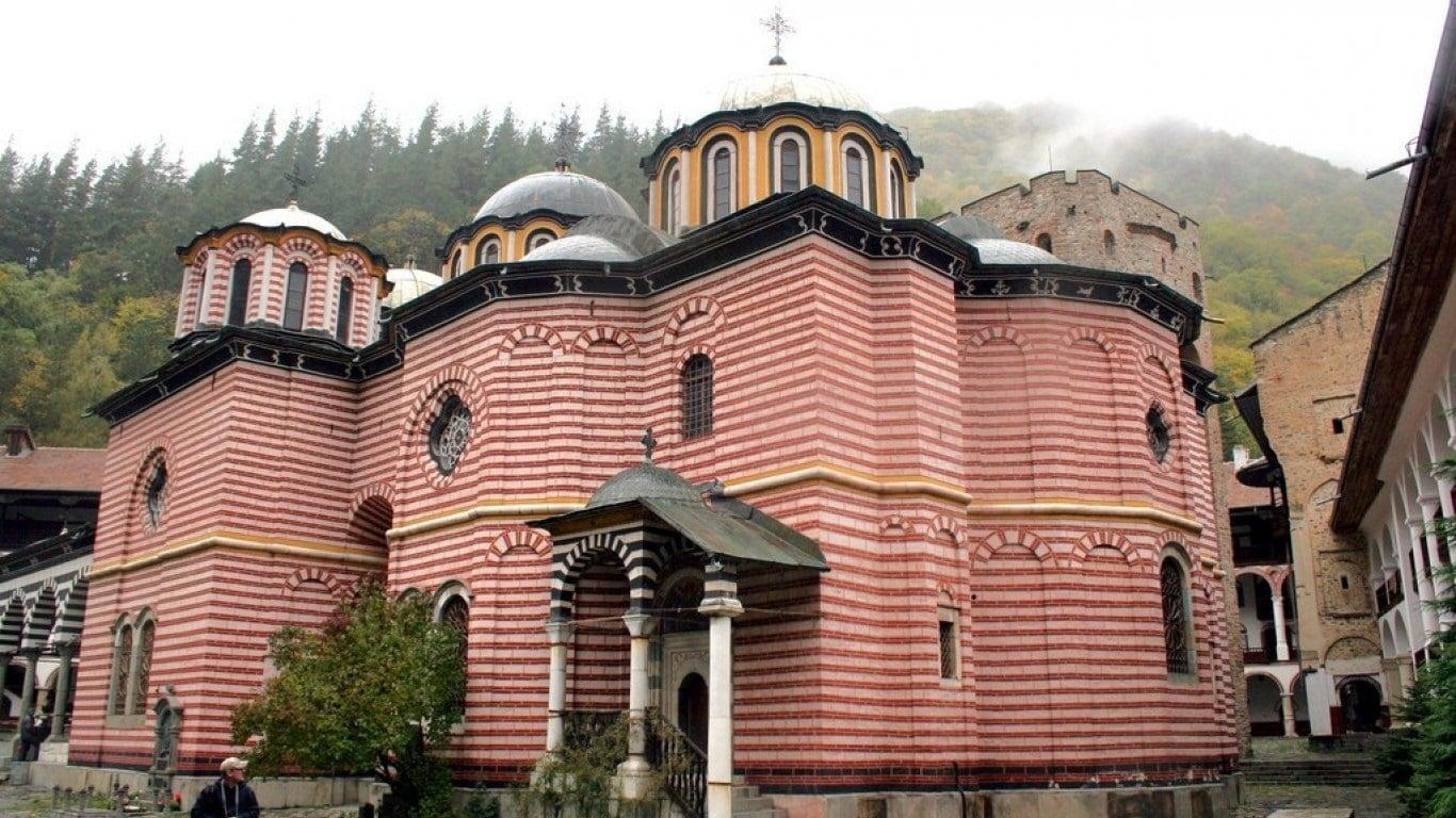 Designul mănăstirii este unic