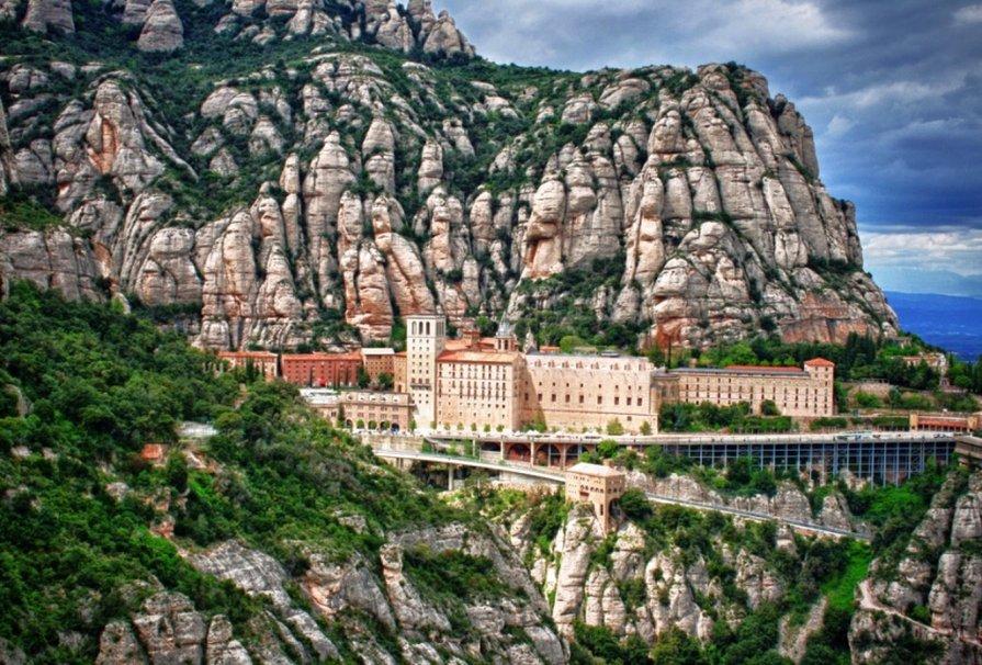 Mănăstirea Montserrat, Spania