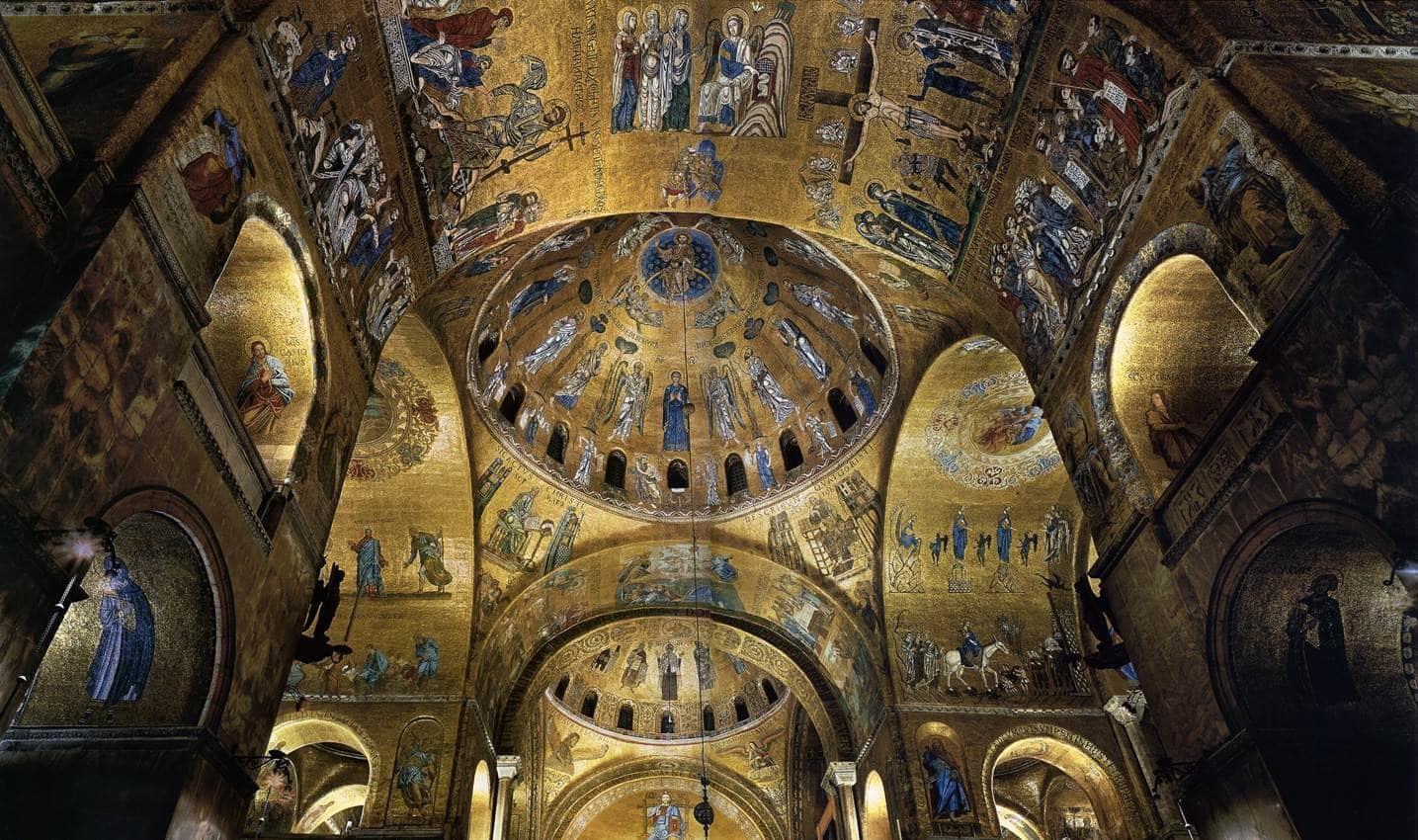 Bazilica San Marco, interior