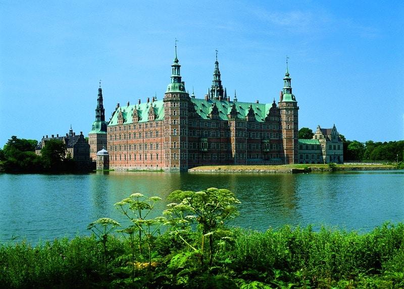 Edificiul schimbă complet imaginea capitalei daneze