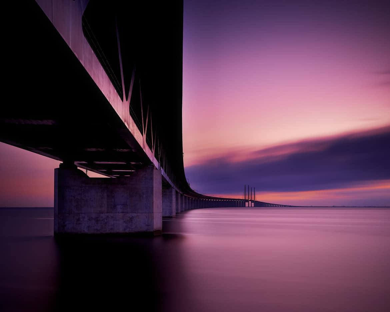 Fotografii și-au dorit să surprindă imagini perfecte cu Podul Oresund și au reușit!