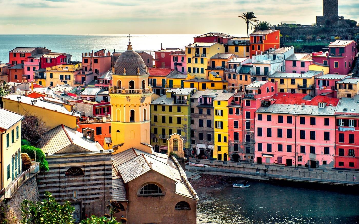 Vernazza, un oraș plin de culoare!
