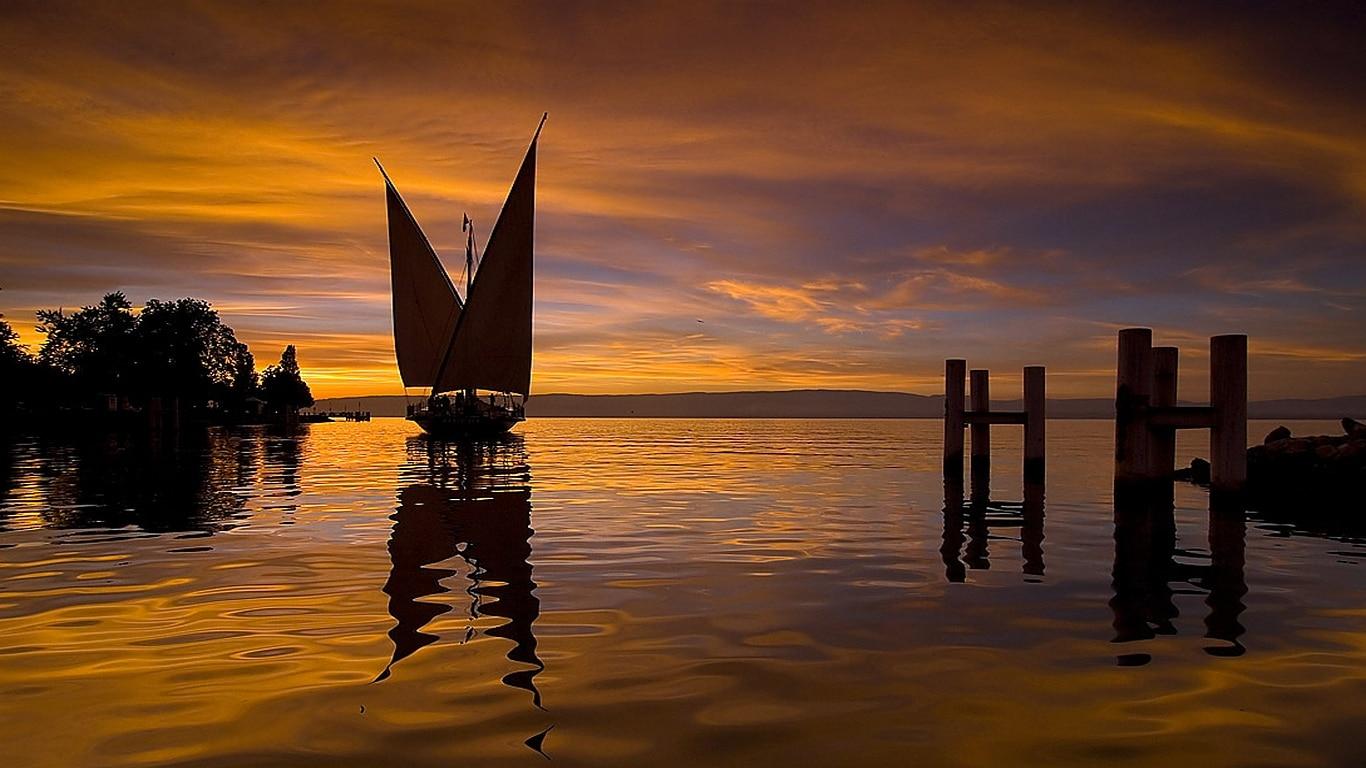 Apus de soare pe Lacul Geneva