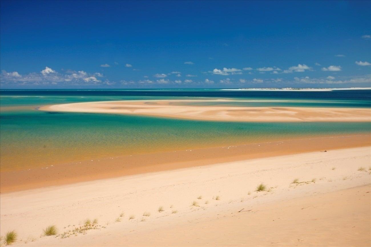 Insula Bazaruto, o imensitate de nisip fin
