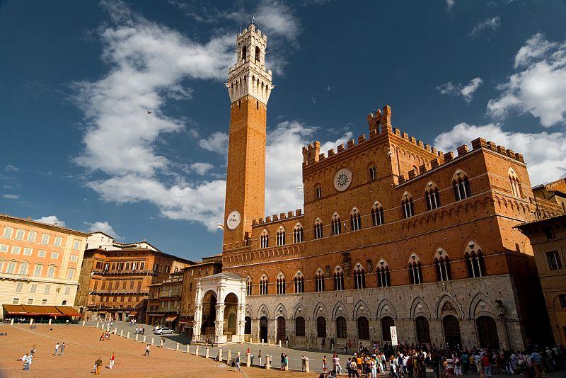 Torre del Mangia, simbol al oraşului