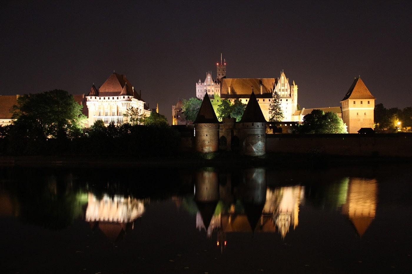 Castelul Malbork, noaptea