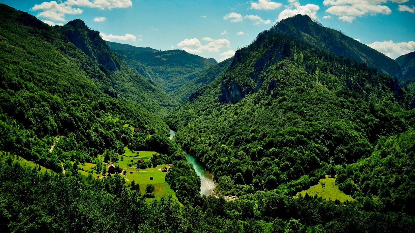 Peisajele din Muntenegru sunt uimitoare!