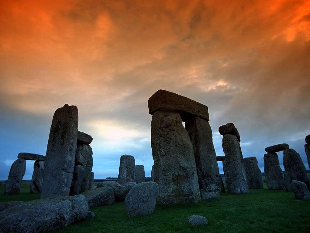 Blocurile din piatră au o greutate de 500 de kilograme