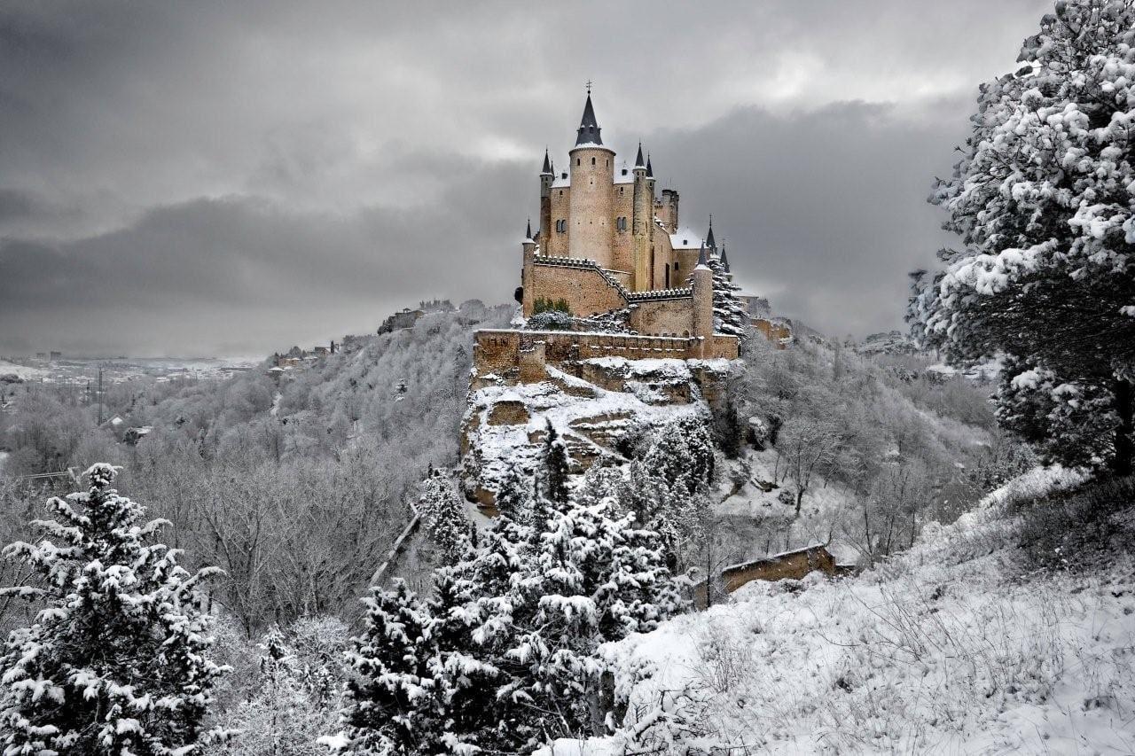 Castelul Alcazar din Segovia, Spania