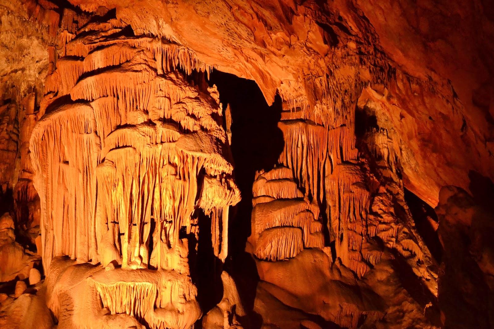 Perete spectaculos al peșterii Domica