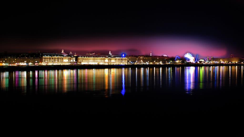 Oraşul Bordeaux, noaptea