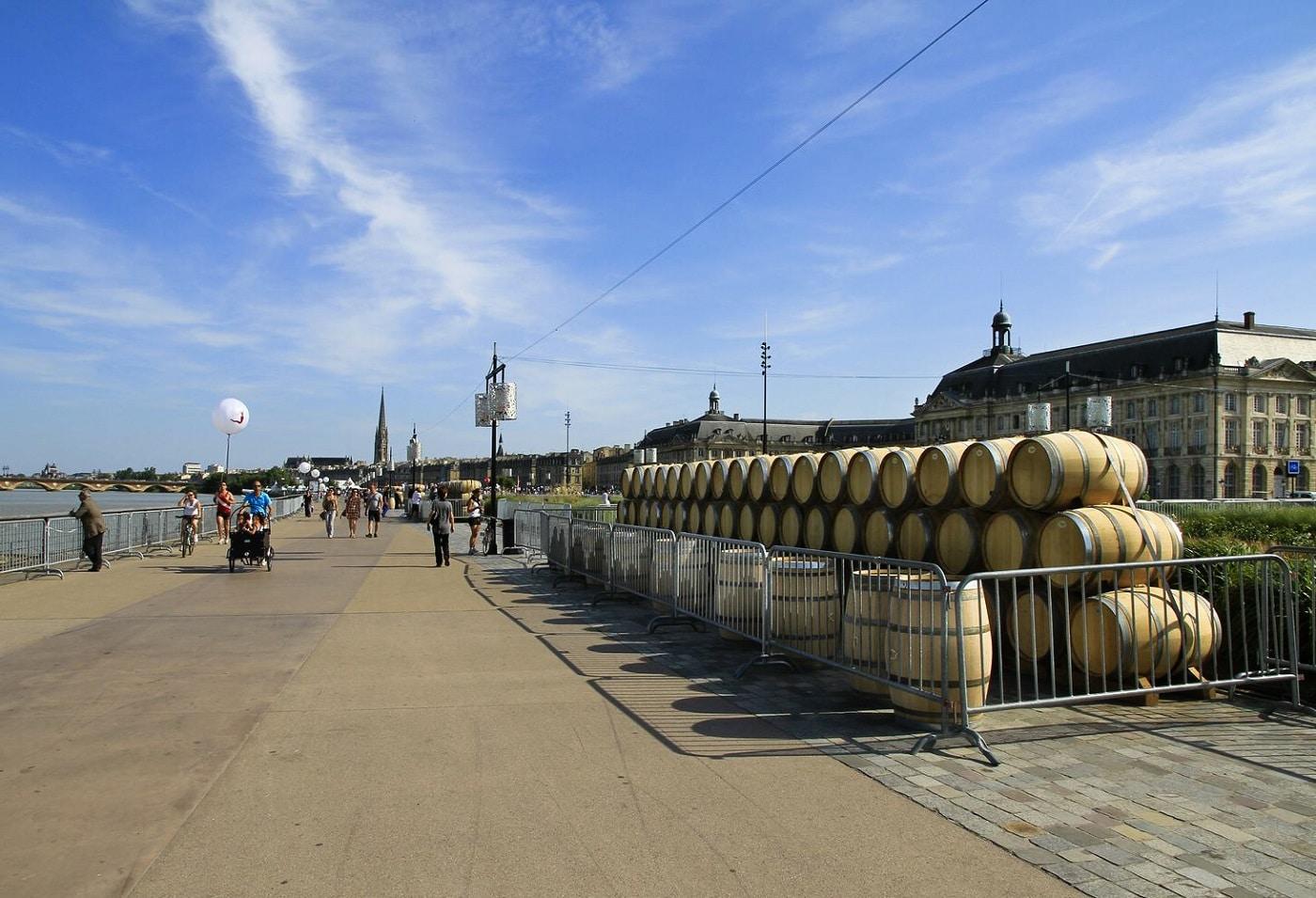 Sărbătoarea vinului are loc în fiecare an în luna iunie