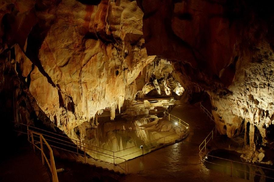 Peștera Domica, mereu pregătită pentru curioși