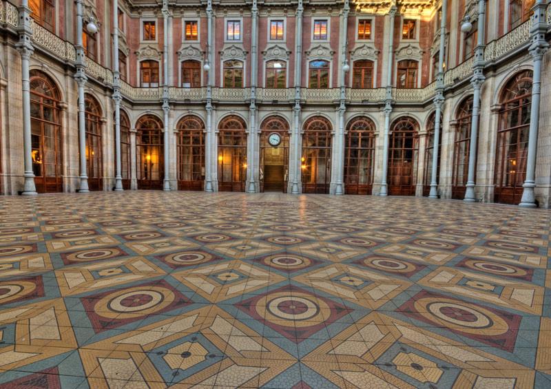 Camerele arabe din interiorul palatului sunt unice!
